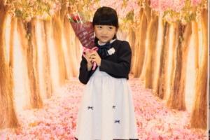 2月7日 オンラインファッションショー ほりべひまりちゃんが登場